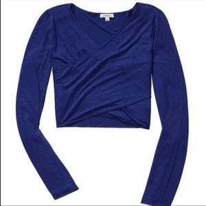 Aritzia Wilfred Darboux t-shirt